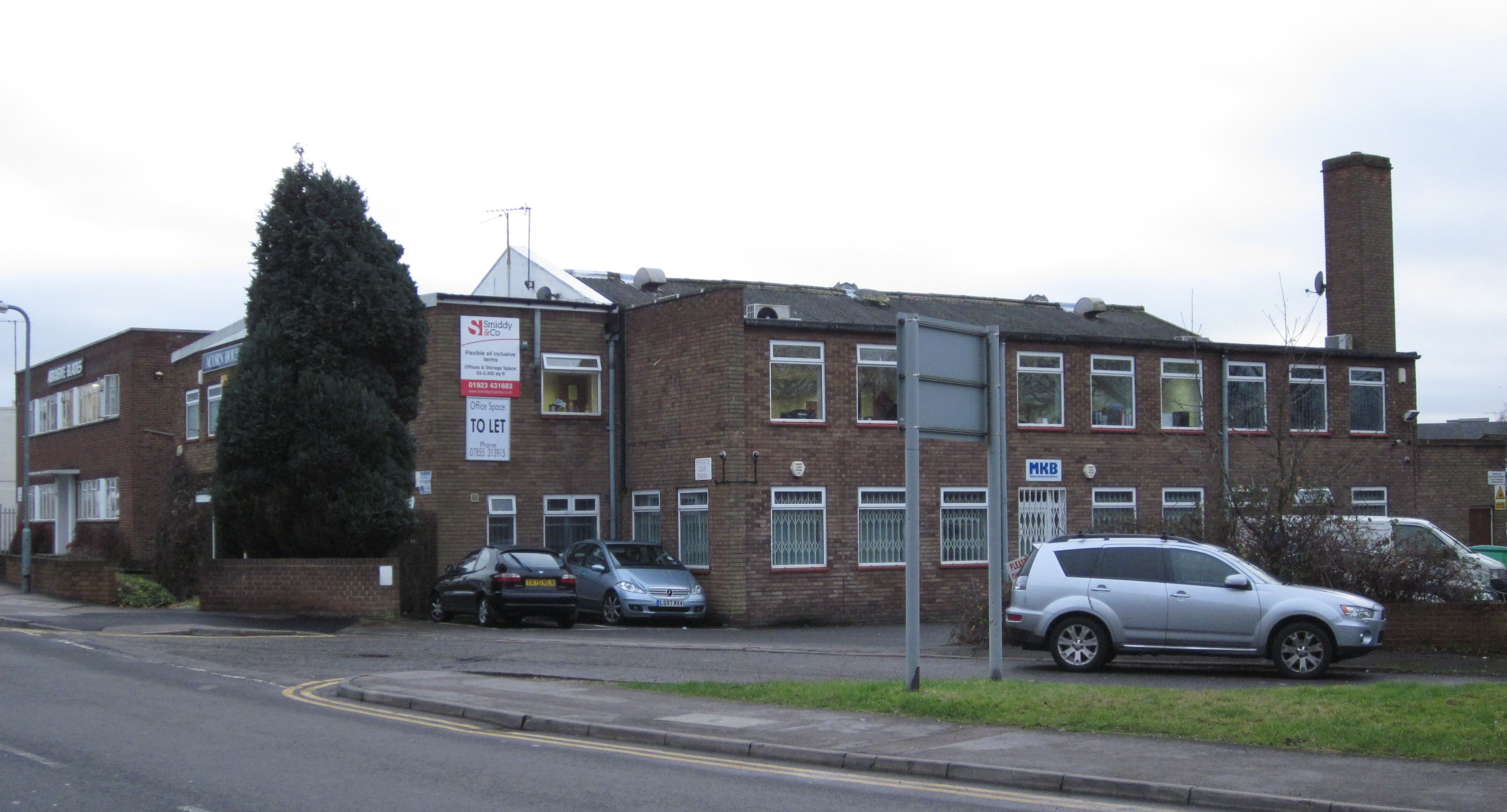 managed offices to let in watford